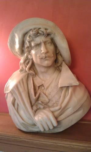 sculpture,buste,marbre,d'artagnan,dumas